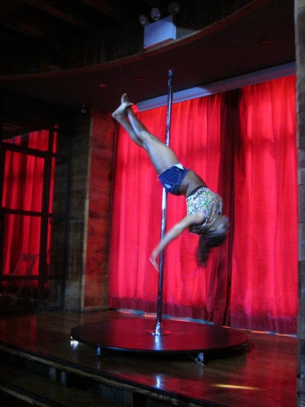 Flight Club Sultry Summer Pole Dancing Showcase